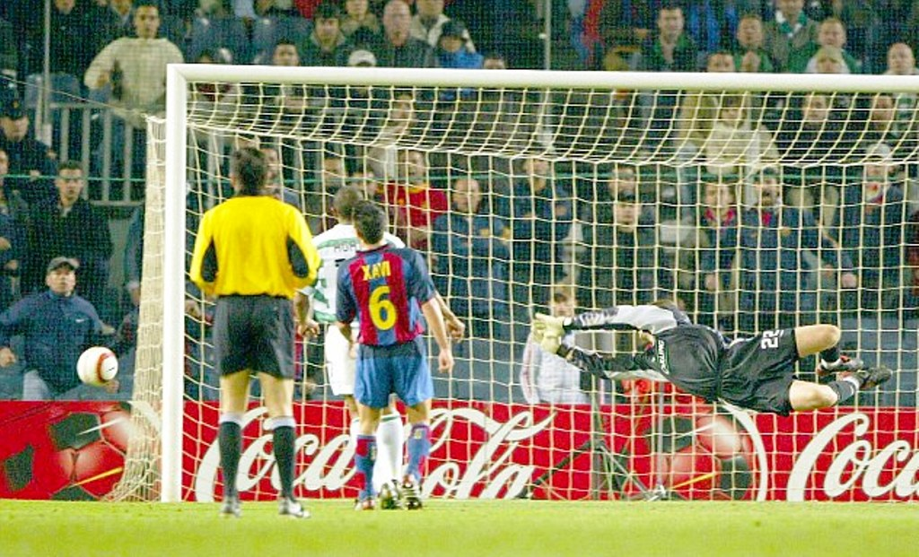 """the latest 35951 7892d """"I WAS LAST IN THE NOU CAMP DRESSING ROOM, THE LADS CHEERED ME IN,"""" DAVID  MARSHALL"""